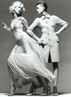 Versace - Kristen McMenamy & Nadja Auermann - Richard Avedon -1995