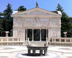 Villa spalletti trivelli rom weekend pinterest - Blue clinic firenze bagno a ripoli ...