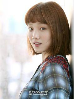 Lee Sung-kyung offered new rom-com from I Remember You writer Kang Seung Yoon, Kim Bok Joo Lee Sung Kyung, Lee Jong Suk, Park Hyung Sik, Joon Hyung, Korean Actresses, Korean Actors, Actors & Actresses, Running Man
