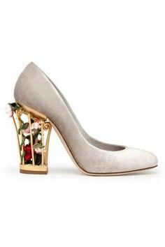 3fe8d67ea1c Dolce   Gabbana Vintage Shoes Women