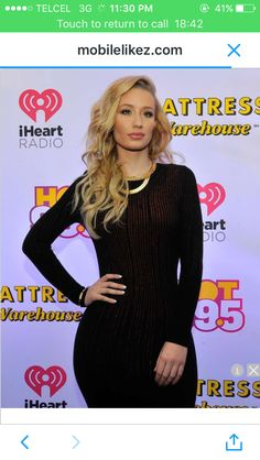 Iggy Azalea attends HOT 99.5 s Jingle Ball 2014 3617e091906cc