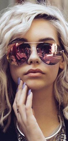 Quay x Amanda Steele Muse Sunglasses in Gold/Pink Gafas de sol mujer Sunglasses For Your Face Shape, Cute Sunglasses, Ray Ban Sunglasses, Sunglasses Accessories, Mirrored Sunglasses, Sunglasses Women, Sunnies, Summer Sunglasses, Gold Accessories