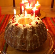 Best homemade fruit cake recipe ever! Sweet and sticky - more like candy than any fruit cake you've tried. Epiphany Kings Cake Recipe, Three Kings Cake Recipe, King Cake Recipe, Christmas Main Dishes, Christmas Goodies, Christmas Desserts, Twelfth Night Cake Recipe, Mardi Gras, King Cake Baby