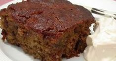 Cape Brandy Pudding Recipe - Perfect for a change from the traditional Christmas pud, this one has a South African twist and can be served with cream or custard! South African Desserts, South African Dishes, South African Recipes, Baking Recipes, Dessert Recipes, Tart Recipes, Baking Tips, Sweet Recipes, Yummy Recipes