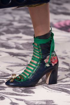 Gucci at Milan Spring 2016 (Details)
