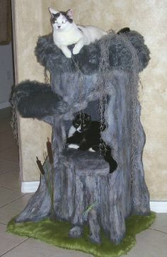 A cool cat tree! ahiddenhollow.com