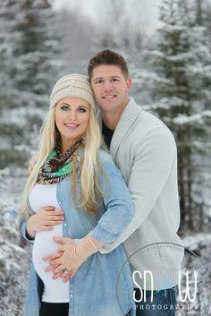 Snow maternity.  Beautiful winter shoot