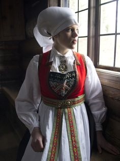 Bunad from Hardanger, Norway Folk Costume, Costumes, Hardanger Embroidery, People Of The World, Bergen, Headgear, Costume Design, Traditional Outfits, Vintage Photos