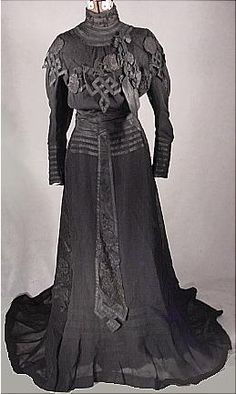 c. 1904 Black Etamine Fancy Trained Reception Gown appliqued in Taffetas. Front