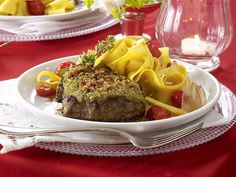 Candle-Light-Dinner - raffinierte Rezepte für zwei - kraeuter-filetsteaks  Rezept