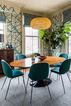 Teal & Tan - These Seriously Out There Color Combos Are Actually Amazing - Photos