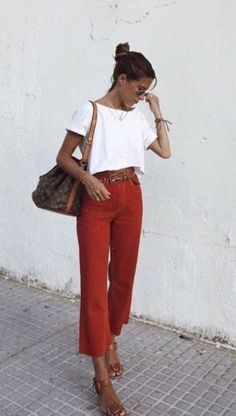 Perfect Spring Outfits to Wear Now Vol. 2 Perfect Spring Outfits to Wear Now Vol. Style Outfits, Mode Outfits, Trendy Outfits, Fashion Outfits, Fashion Mode, Look Fashion, Fashion Trends, Fashion Fashion, Fashion Tips