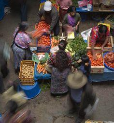 Interior del mercado de Patzún