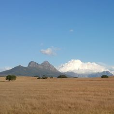 """""""The drive home today  #lifestyle #goodlife #southafrica #outdoors #nature #explore #mountain #stellenbosch"""""""