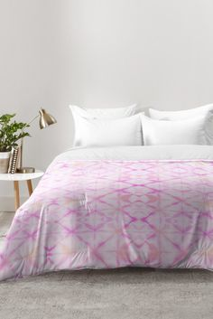 Buy Comforter with Little Princess designed by Elisabeth Fredriksson. One of many amazing home décor accessories items available at Deny Designs. Marble Comforter, Pink Comforter, Bedding Sets, Tropical Bedding, Tropical Bedrooms, Bed Springs, Bedroom Accessories, New Room