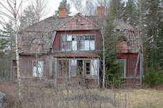 images of old abandoned houses | Old abandoned house Sweden - a photo on Flickriver