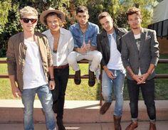 The boys in a 1D+OD shoot at the Teen Choice Awards