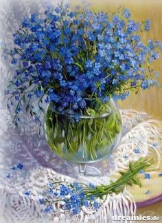 Beautiful blue love this painting :-) Art Floral, Vintage Flowers, Blue Flowers, Blue Bouquet, Acrylic Canvas, Tree Print, Artist Painting, Beautiful Paintings, Watercolor Flowers