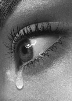 I have dark brown hair and blue eyes!Me in 3 words! I've always felt there was a piece of me missing in my life, and I will know the right one at the right time xxx I post. Crying Eyes, Tears In Eyes, Crying Girl, Sad Eyes, Crying Pictures, Eye Pictures, Photo Triste, Photo Oeil, Aesthetic Eyes