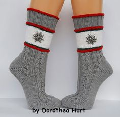 Ladies socks in traditional style Gr. of mesh magic on Etsy - Maschenmagie by Dorothea Hurt - Knitting Ideas Crochet Socks, Knit Mittens, Knitting Socks, Hand Knitting, Knitting Patterns, Knit Crochet, Girls Socks, Ladies Socks, Sock Toys