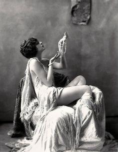Billie Dove (1922)