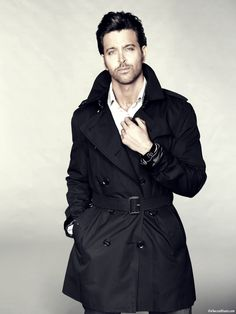 This HD wallpaper is about Hrithik Roshan 2014 Photoshoot, Original wallpaper dimensions is file size is Bollywood Stars, Bollywood Fashion, Cute Laptop Wallpaper, Hd Wallpaper, Gorgeous Men, Beautiful People, Indian Star, Sharp Dressed Man, Hrithik Roshan