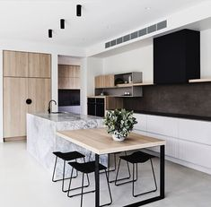 73 Beautiful And Unique Kitchen Lighting Ideas For Your New Kitchen 45 Awesome Modern Scandinavian Kitchen Ideas Scandinavian Kitchen Renovation, Home Decor Kitchen, Kitchen Wood, Kitchen White, Kitchen Industrial, Kitchen Dining, Kitchen Lamps, Kitchen Sink, Diy Kitchen