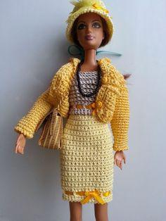 vêtement pour poupée mannequin Barbie (181)