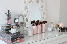 Pretty, organized, & simple makeup area/station. http://themakeup-addict.tumblr.com