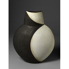 John Ward, Pot, V Studio Ceramics, room case shelf 1 Slab Pottery, Ceramic Pottery, Pottery Art, Pottery Studio, Glass Ceramic, Ceramic Clay, Ceramic Bowls, John Ward, Sculpture Clay