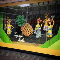 "DEBENHAMS, Oxford Street, London, UK, ""The sun, the sand and a tropical cocktail in my hand"", photo by Oliver Vilcans, pinned by Ton van der Veer"