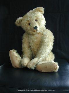"""Teddy Bear; """"Old Boy"""" Steiff Bear 1920's. www.myteddybearmuseum.com/"""