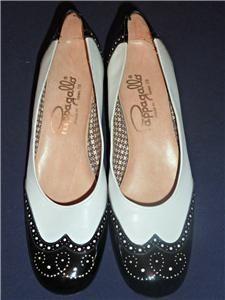 Vintage Black & White, Patent Leather, Pappagallo Spectators ~ Sz 7.5