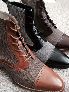 """""""Honey Licorice or Chocolate.What's your flavor?"""" - Men's style Me Too Shoes, Men's Shoes, Shoe Boots, Dress Shoes, Shoes Men, Taft Shoes, Black Shoes, Sharp Dressed Man, Well Dressed Men"""