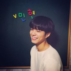 @BOGUMMY:#IRememberYou<I Remember You>, (i'll) remember it foreverhttp://me2.do/GmQ7UxLOon the board: 'v min hyun'