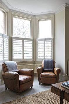 lovely cafe shutters and deco chairs Bay Window Living Room, My Living Room, Home And Living, Living Room Decor, Small Living, 1930s Living Room, Bay Window Shutters, Cafe Shutters, Bay Windows
