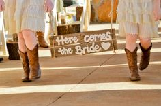 A Shabby Chic Wedding Wedding Fun, Wedding Bells, Wedding Ideas, Rustic Wedding Hairstyles, From Miss To Mrs, Here Comes The Bride, Big Day, Jackson, Shabby Chic