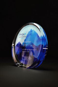 Our ever popular Crystal Disc Award with custom sandblast engraving and UV color printing. These solid crystal pieces are suitable for any occasion. #crystal #awards #trophy #personalizedgift #engraved #gift #awardplaque Glass Awards, Crystal Awards, Employee Awards, Custom Trophies, Personalized Plaques, Trophy Design, Custom Awards, Recognition Awards, Appreciation Gifts