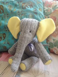 The Raggy Rat ...: Sock elephant for a baby girl .... I love to make softies from socks