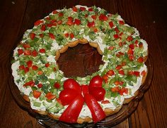 christmas wreath appetizer with crescent rolls