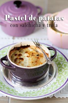 Pastel de patatas con salchicha y trufa | Amiloquegustaescocinar