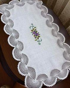 Alıntı Diğer hasaplarim 👇👇👇👇👇👇👇👇👇 … Quote has Sarah Morgan. Crochet Braid Pattern, Braid Patterns, Crochet Square Patterns, Crochet Borders, Crochet Designs, Crochet Table Runner, Crochet Tablecloth, Lace Knitting, Knitting Patterns