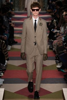 Valentino Fall 2015 Menswear Fashion Show Collection