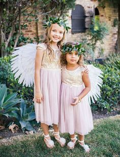 angel wing flower girls | via: green wedding shoes