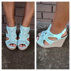 Women's Online Boutique Shopping - Shoes, Sandals, Heels & Boots   Dainty Hooligan Boutique