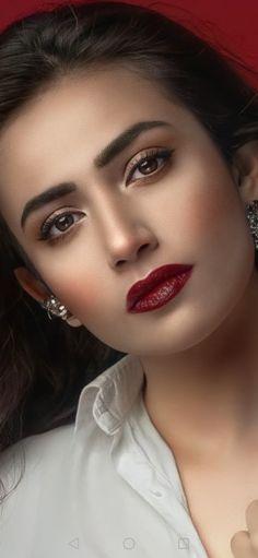 Most Beautiful Eyes, Beautiful Girl Image, Gorgeous Women, Pakistani Actress, Bollywood Actress, Jordan Royal Family, Indian Wedding Makeup, Katrina Kaif Photo, Cute Beauty