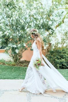 Gorgeous Kelsey in our Hollie dress. See her full wedding at http://graceloveslace.com.au/real-weddings/ xx