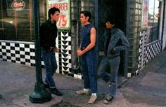 Matt Dillon: An insider's talk with teen actor & 'The Outsiders' star - Click Americana The Outsiders Cast, The Outsiders Imagines, The Outsiders Johnny, Matt Dillon The Outsiders, Young Matt Dillon, Dallas Winston, Ralph Macchio, Stay Gold, Good Movies