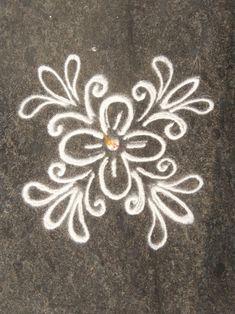 Rangoli Designs, Rugs, Home Decor, Farmhouse Rugs, Decoration Home, Room Decor, Home Interior Design, Rug, Home Decoration