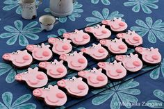 "If your child loves Peppa Pig, why not throw them a Birthday bash they will truly love and include these Top 10 ""Oinkingly"" adorable Birthday Party Ideas. Chocolate Cookie Recipes, Chocolate Cookies, Pig Birthday, Birthday Parties, Birthday Ideas, Peppa Pig Cookie, Powdered Food Coloring, Cumple Peppa Pig, Pig Cookies"